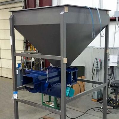 Eletromagnetic Pan Feeder with Integrated Chute