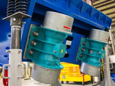 Unbalanced Motors Electromechanical Pan Feeder